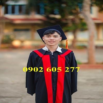 Đặt may số lượng áo cử nhân cho học viên tốt nghiệp