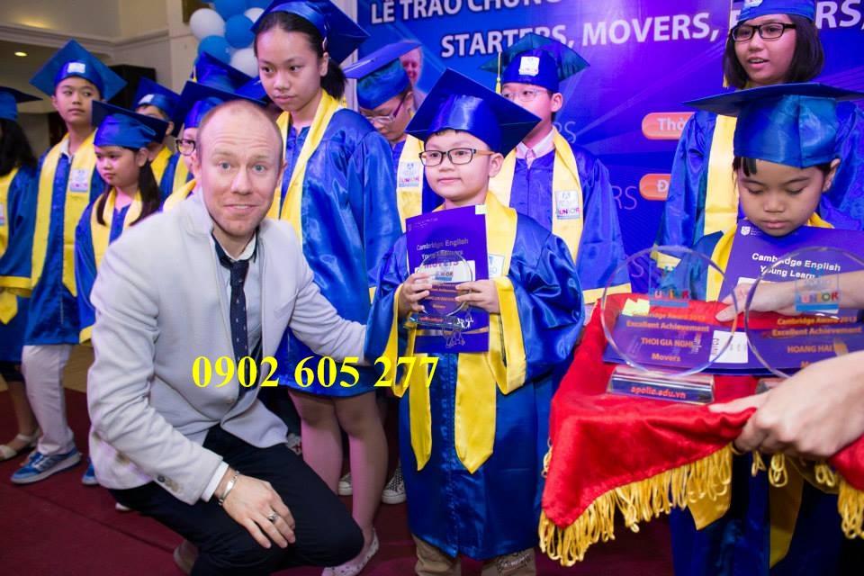 Cơ sở may đồ tốt nghiệp theo mẫu tại sài gòn