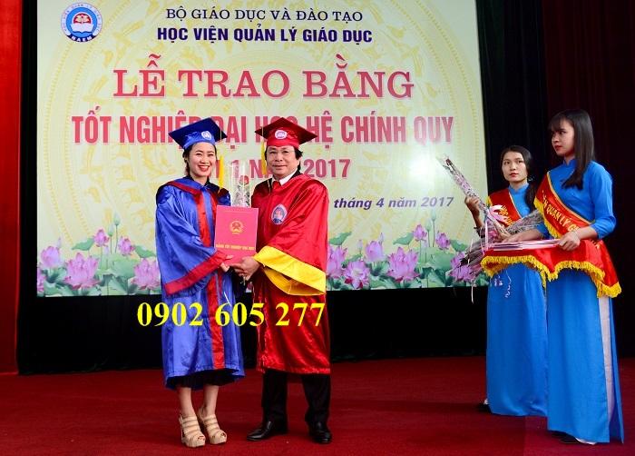 Nơi may áo cử nhân cho học viên tốt nghiệp tphcm